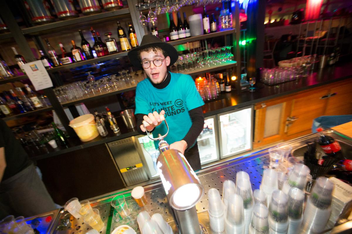 MuteSounds | vrijwilliger 2016 bar